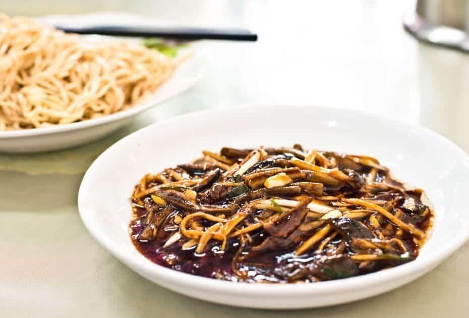 Shansi Leng Mian (eel noodles) - street foods in Shanghai