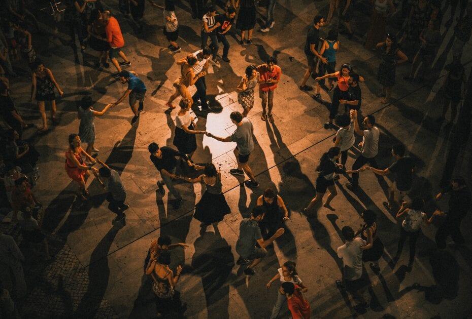 Lisboa, Portugal Romantic Dancing in the shadow